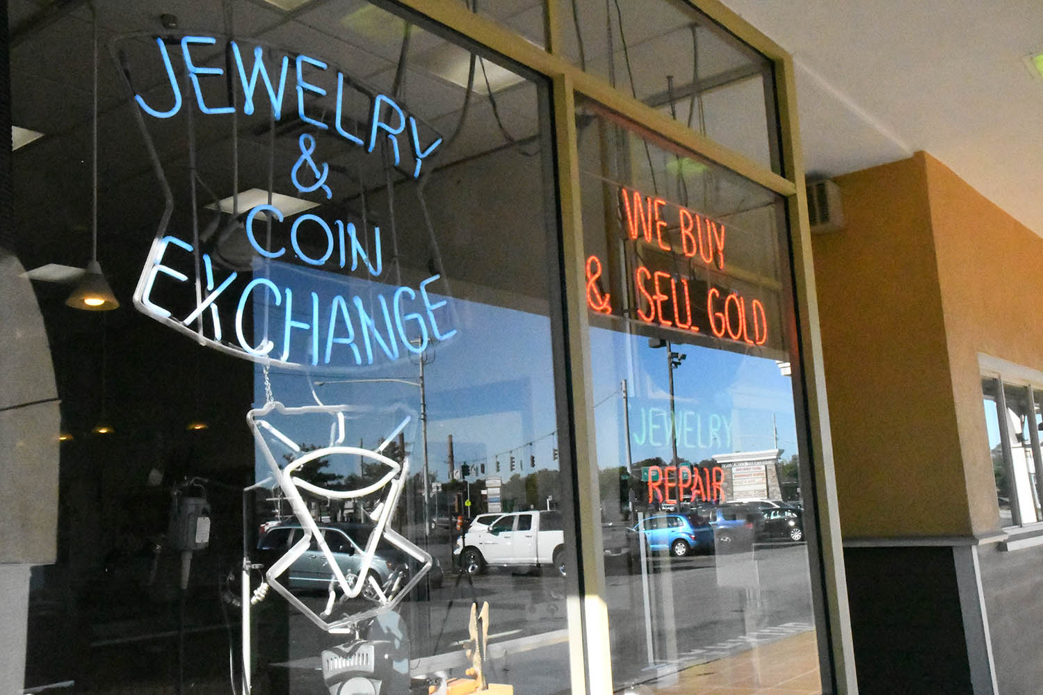 Jewelry & Coin Exchange Storefront